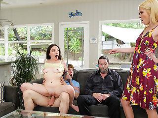 Family Swap Wife - S1:E4